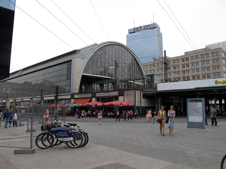 Станция Берлин-Александерплац