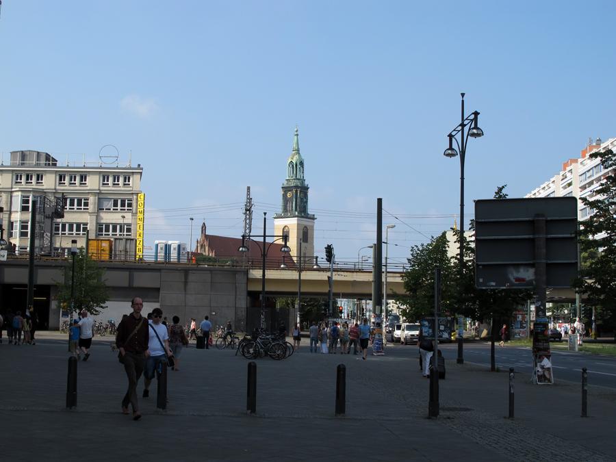 Вид на церковь Святой Марии (нем. Marienkirche)