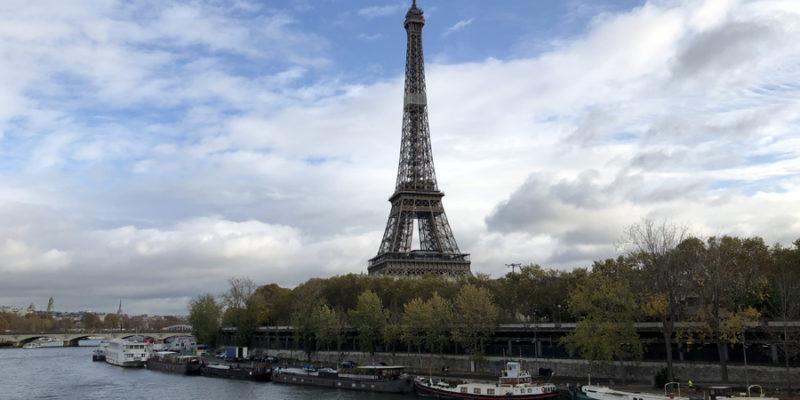Невероятные факты об Эйфелевой башне