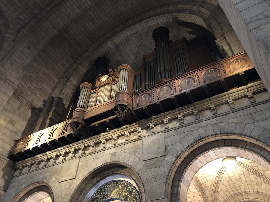Орган базилики Сакре-Кёр