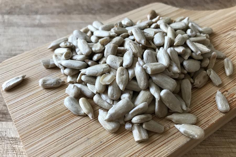 Семена подсолнечника: польза, возможный вред и противопоказания