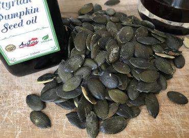 Тыквенное масло: полезные свойства и применение